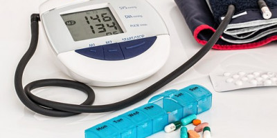 Blood pressure monitoring kit